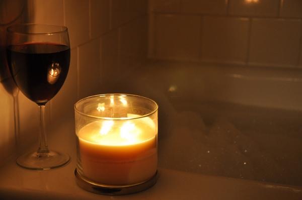 happy couple bath set