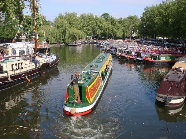 london canal.jpg