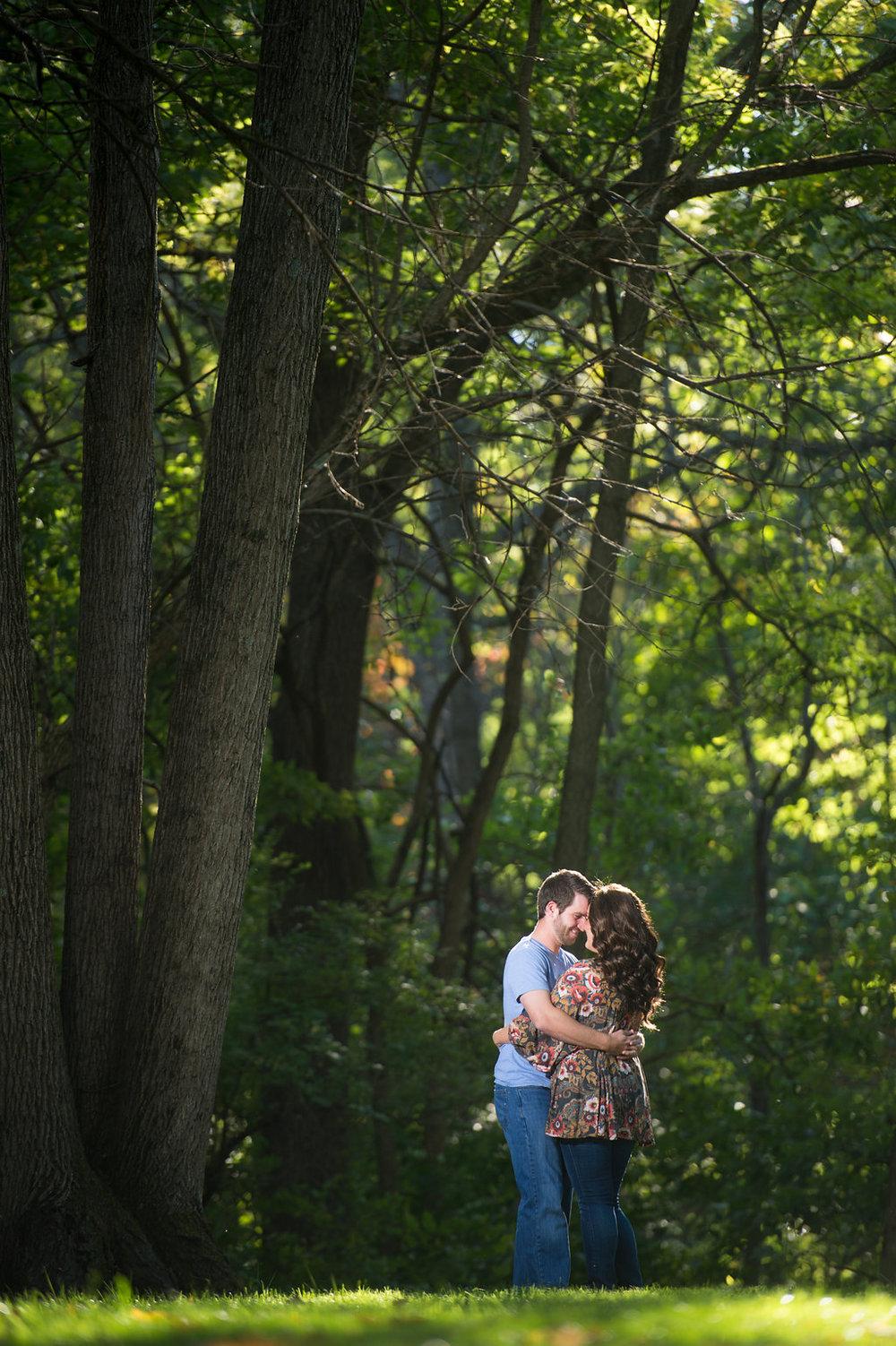 Lauren&BenEngagement-003.jpg