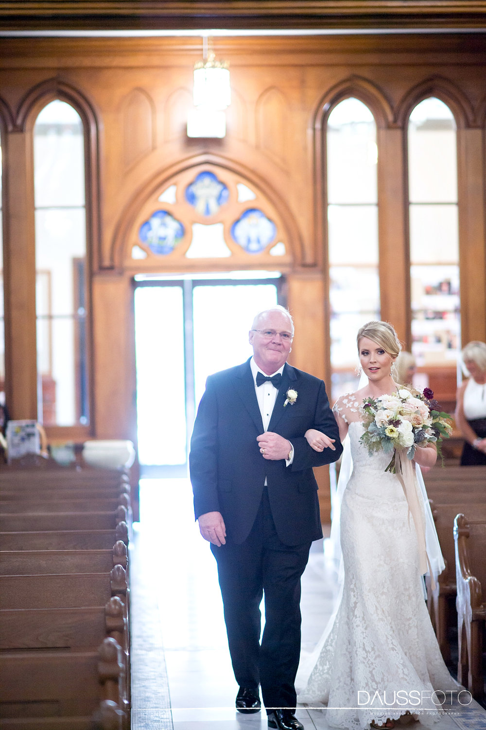 DaussFOTO_20160625_0251_Indiana Wedding Photographer_Crowne Plaza at Historic Union Station.jpg