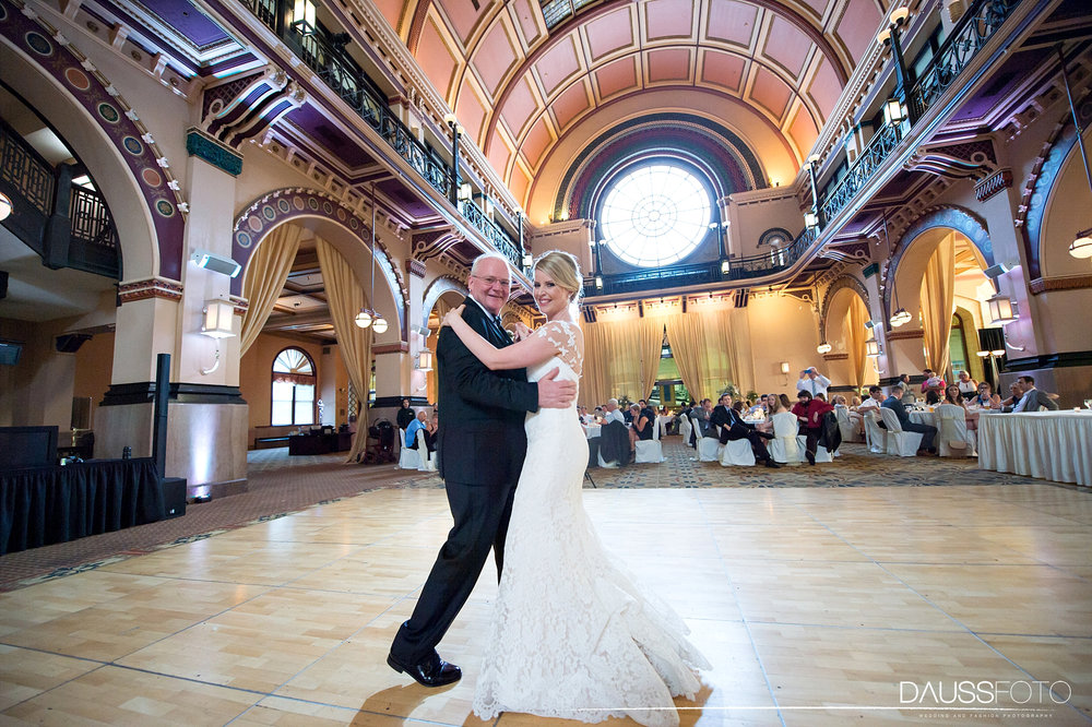 DaussFOTO_20160625_0527_Indiana Wedding Photographer_Crowne Plaza at Historic Union Station.jpg