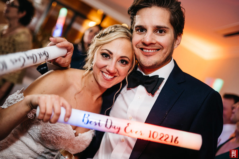 223-bride-groom-best-day-ever-portrait-pinterest-party-favors-light-sticks.jpg