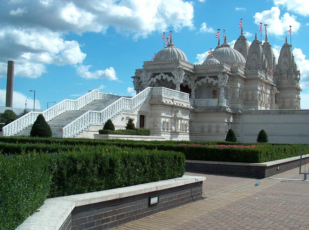 neasden temple.jpg