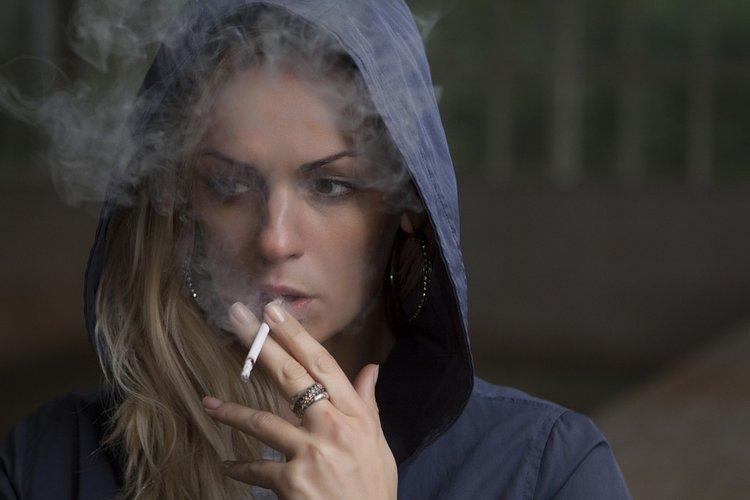 smoking-918616_960_720.jpg