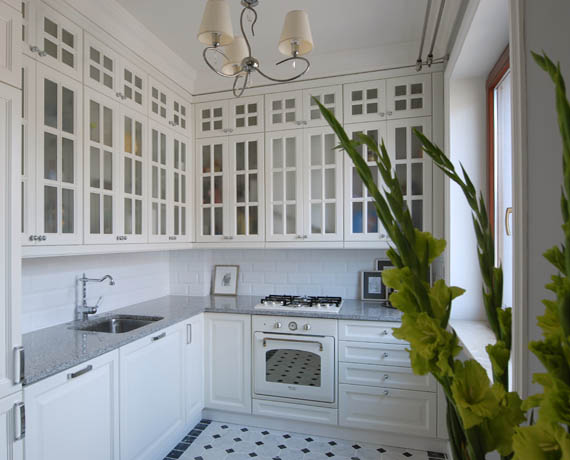Matowe szkło w szafkach kuchennych