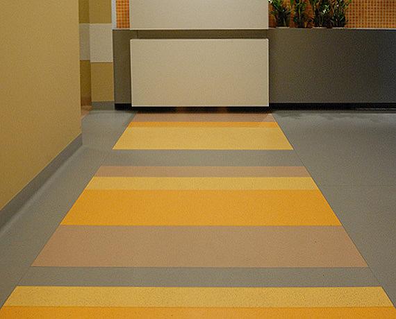 projekt-posadzki-w-korytarzu-inspiracje.jpg