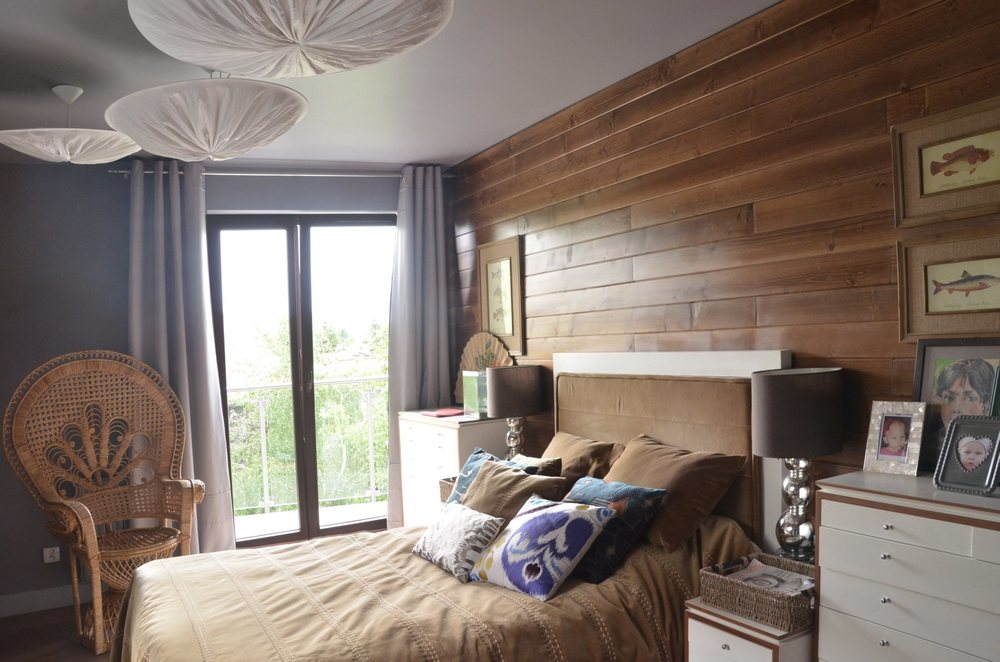 Wnętrze sypialni również pełne jest oryginalnych przedmiotów