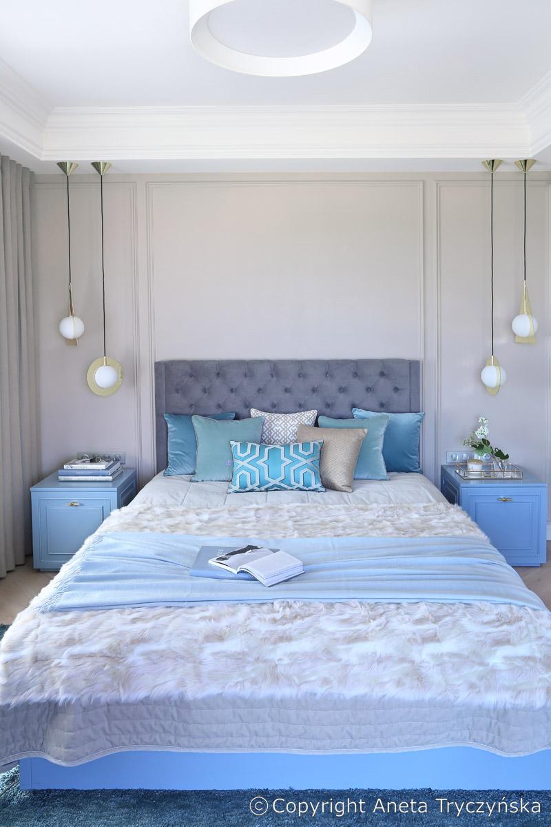 Sypialnia ze sztukateria, Tom Dixon.jpg