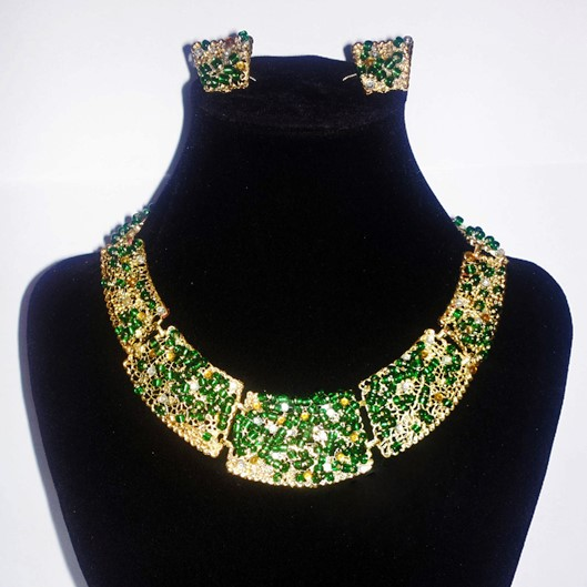 Gold and green gem stone beaded collar