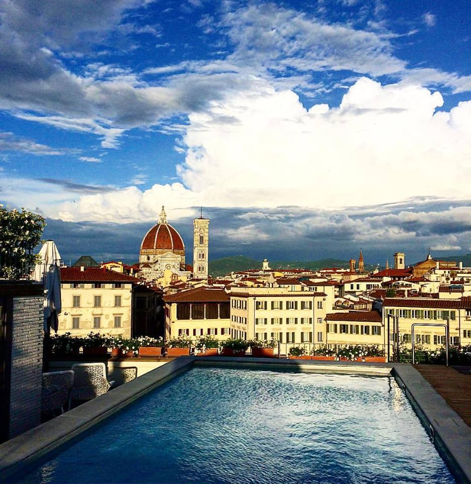 Rooftop bars in Florence, all have great views- but are they worth it?