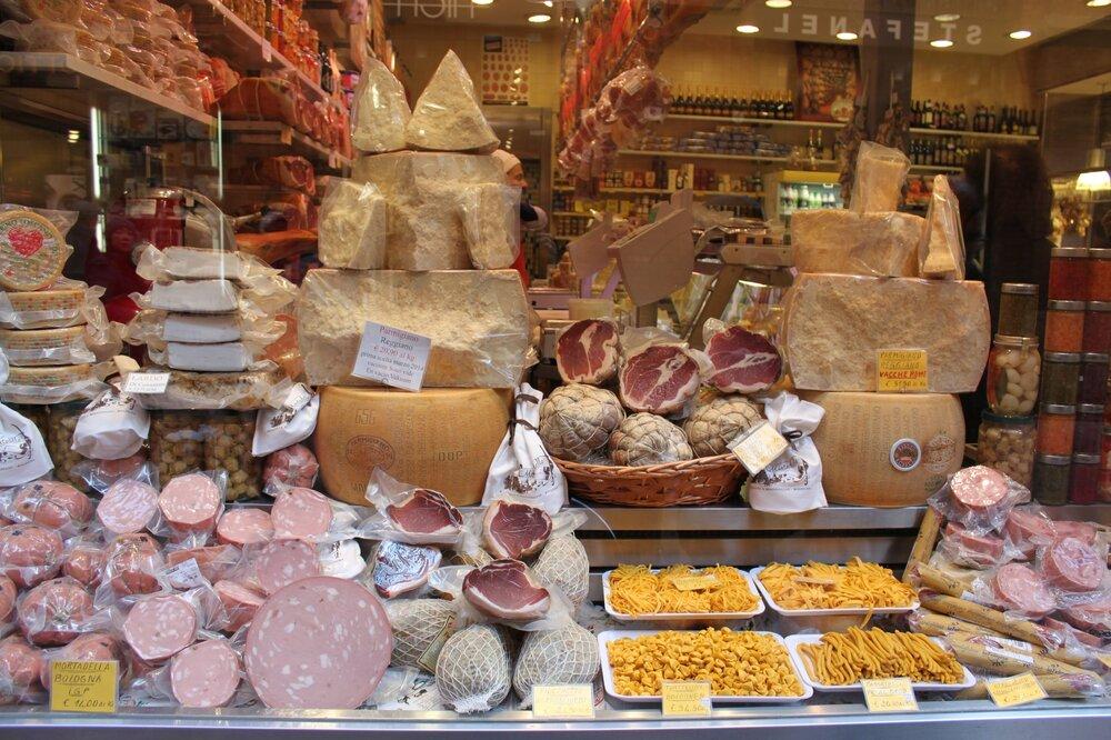 Curious Appetite Bologna food tour