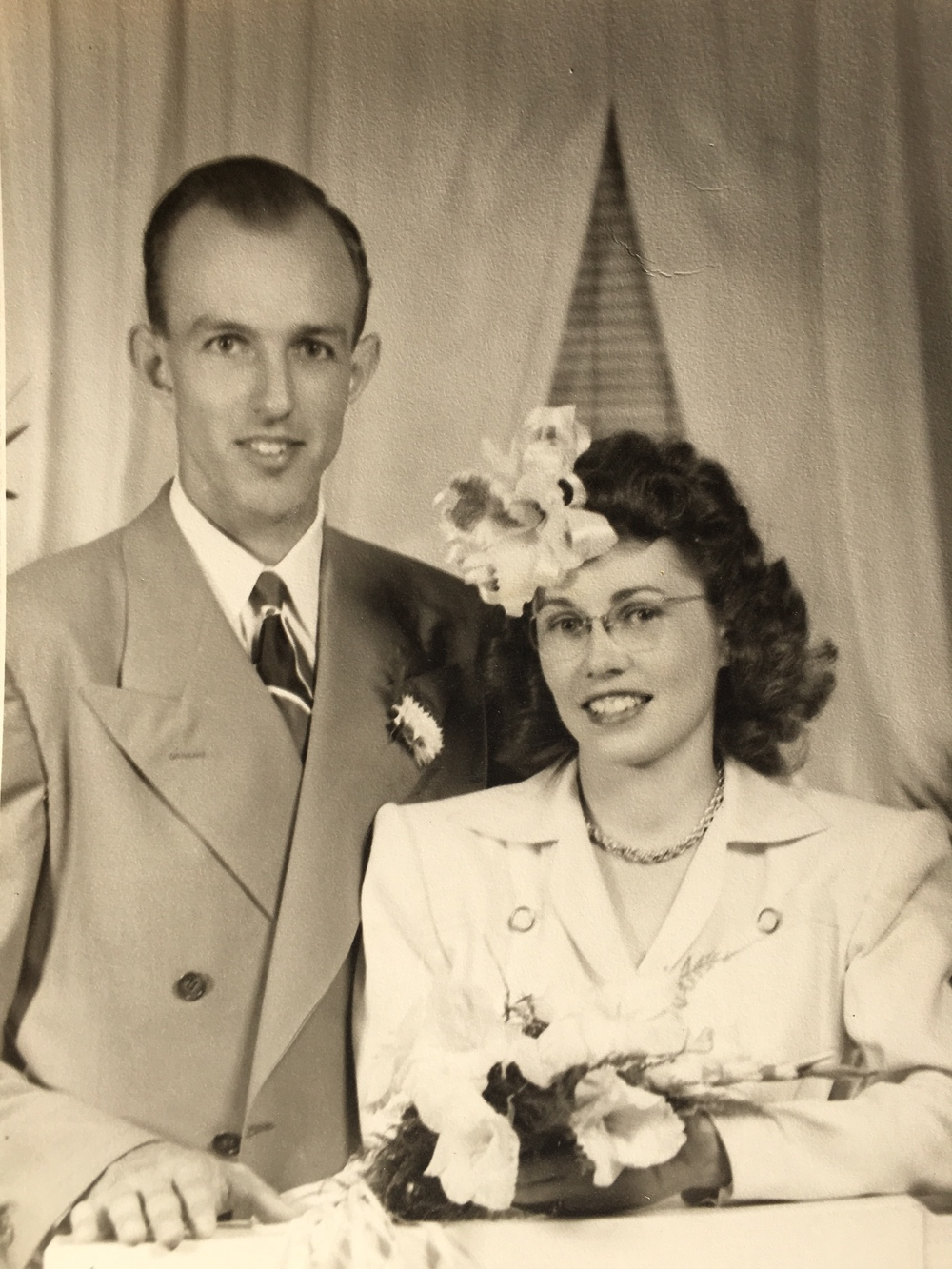 Robert and Ruth Hoshaw - photo courtesy of Stephanie McInroy