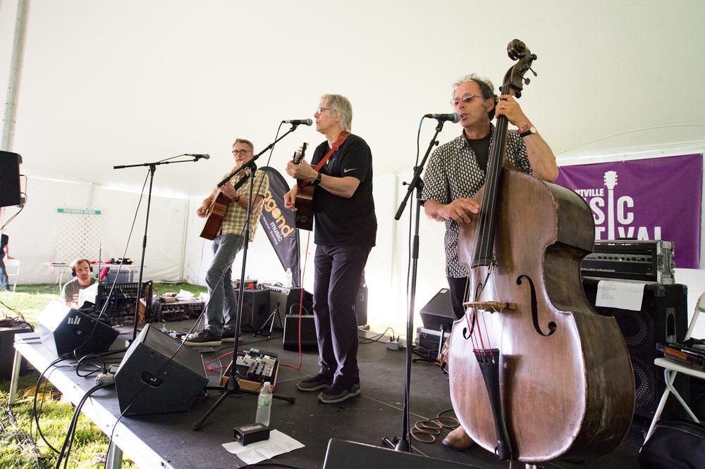 Chill Tent headliners, the Pousette-Dart Band © 2017 Lynda Shenkman Curtis