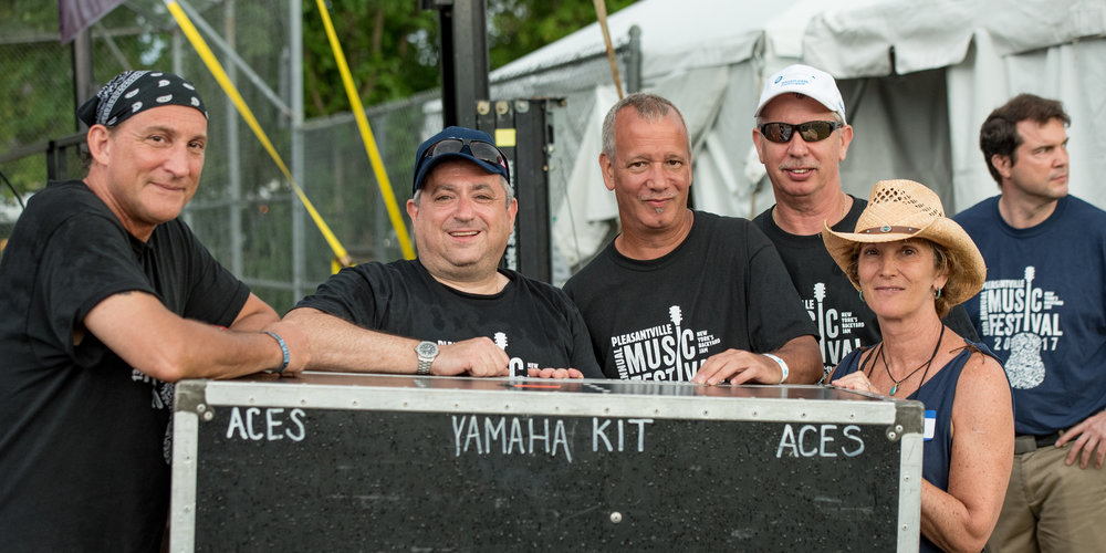 Members of our tireless stage crew © 2017 Lynda Shenkman Curtis