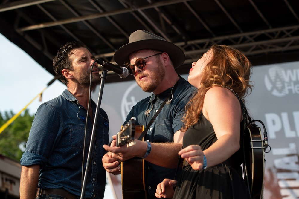 The intense harmonies of The Lone Bellow © 2018 Lynda Shenkman