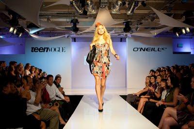 Oneill_092608_GenNext_Show_201.jpg