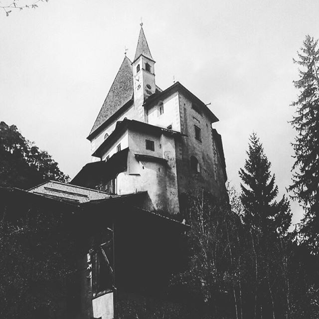 #blackandwhitephotography #castle #old