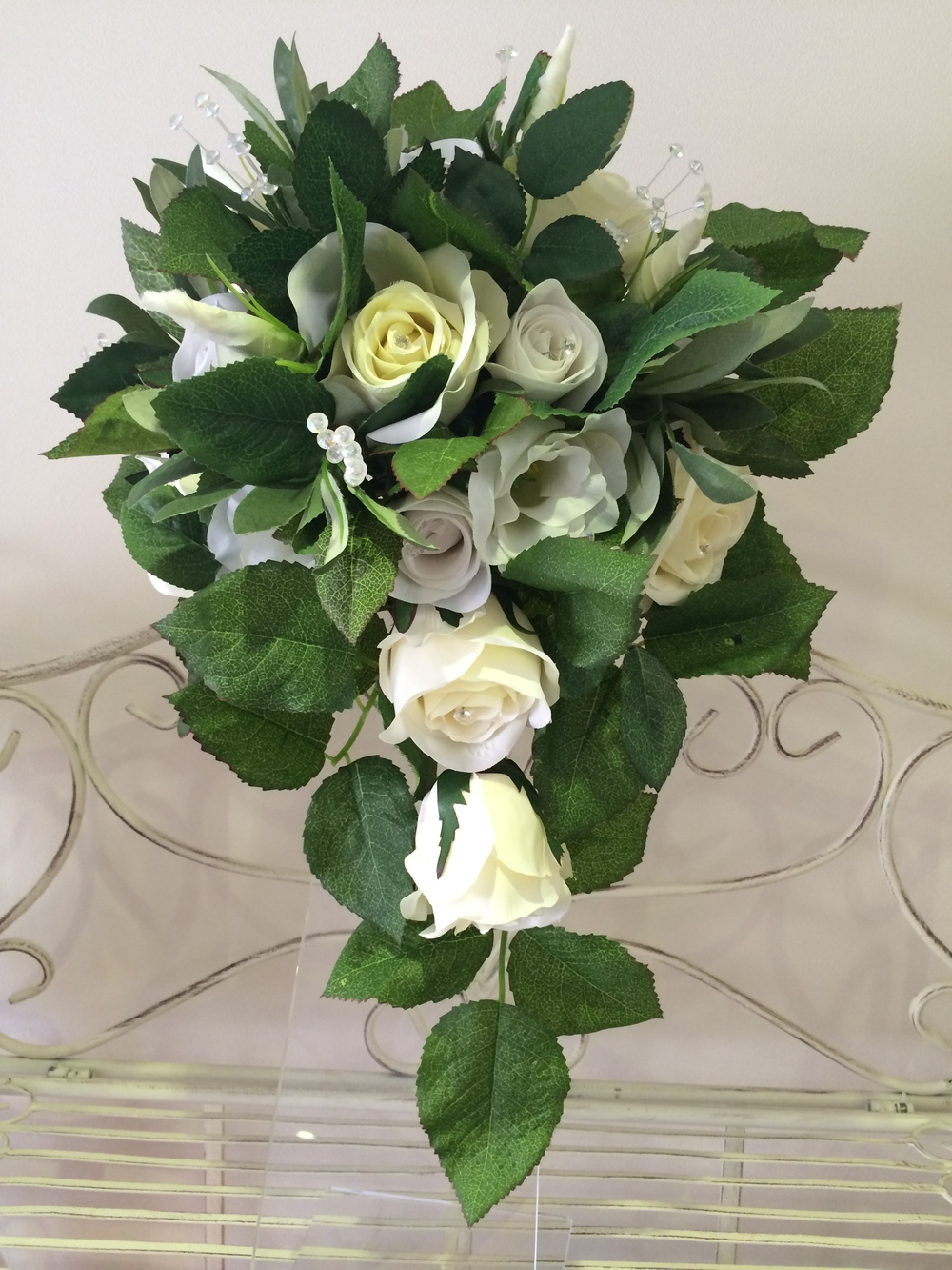 Cream Rose & Lisianthus With Rose Leaves     Teardrop Bouquet