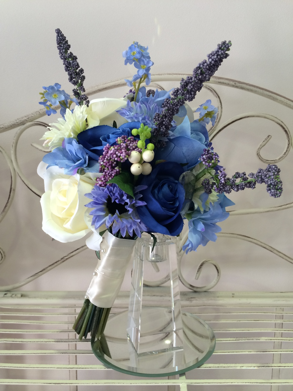 Bridesmaids Bouquet With Blue Daisies, Cream         & Blue Roses, Lavender & Forgetmenots