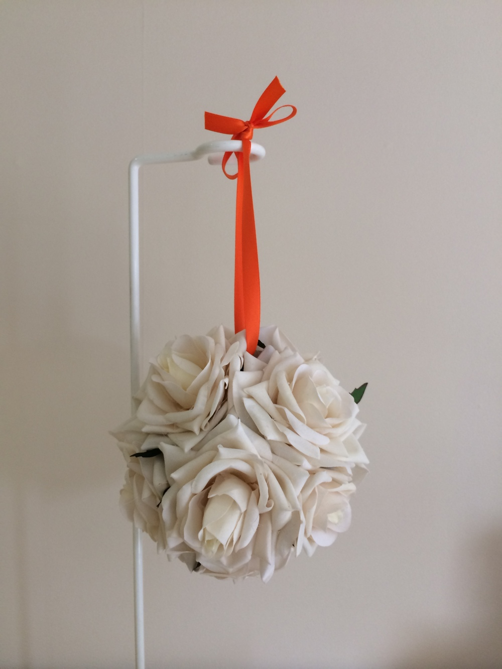 Flowergirls Small Pomander in Ivory Roses