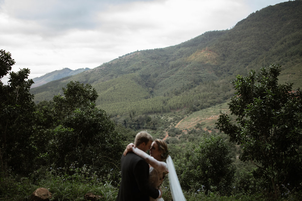 heisvisual-wedding-photographers-documentary-magoebaskloof-south-africa032.jpg