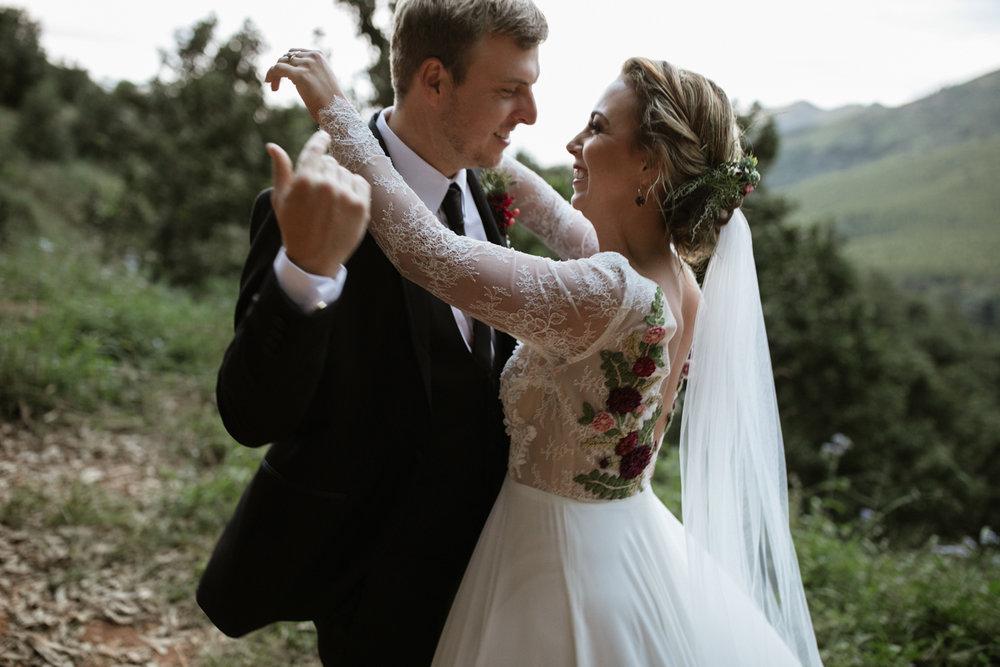 heisvisual-wedding-photographers-documentary-magoebaskloof-south-africa034.jpg