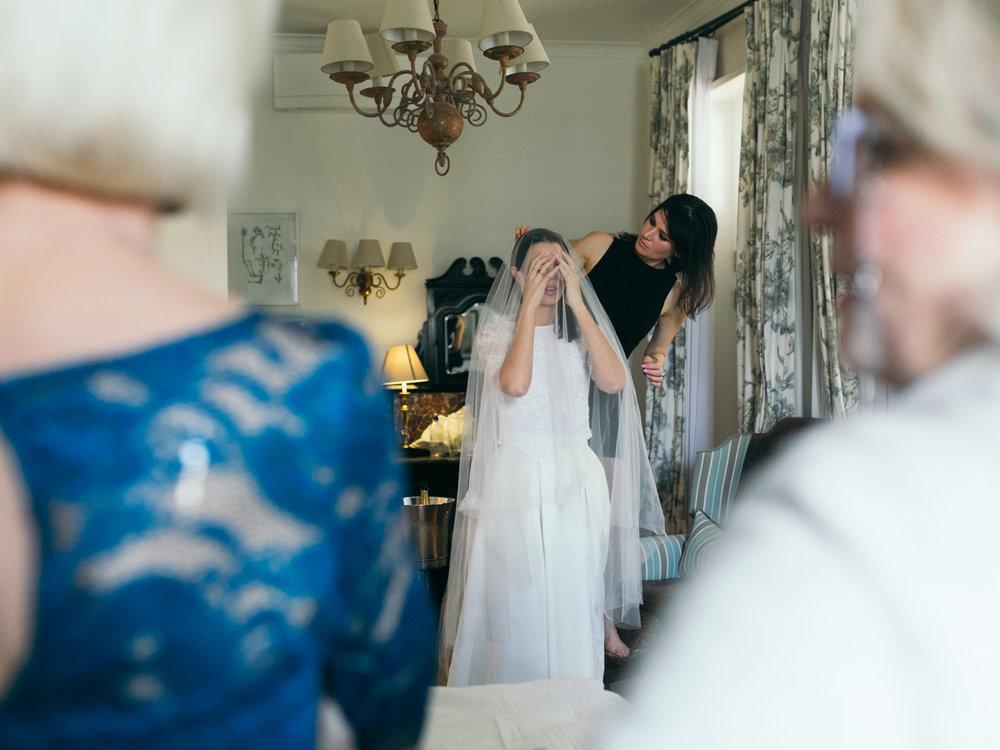 heisvisual-wedding-photographers-documentary-dorstdy-hotel-graaff-reinet-south-africa031.jpg
