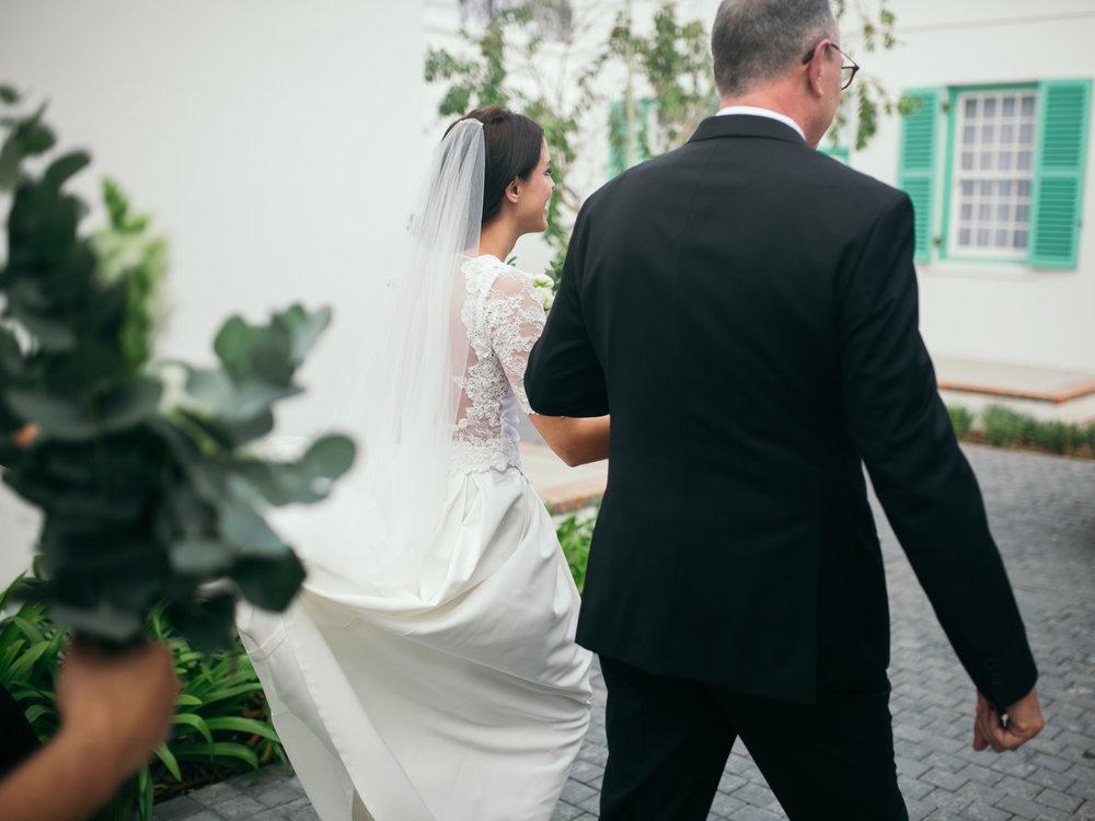 heisvisual-wedding-photographers-documentary-dorstdy-hotel-graaff-reinet-south-africa040.jpg