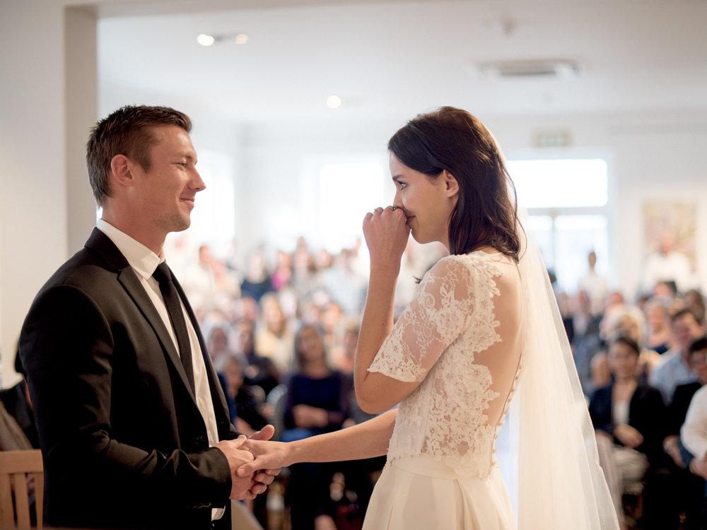 heisvisual-wedding-photographers-documentary-dorstdy-hotel-graaff-reinet-south-africa050.jpg
