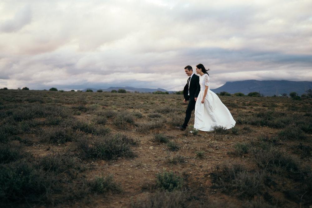 heisvisual-wedding-photographers-documentary-dorstdy-hotel-graaff-reinet-south-africa066.jpg