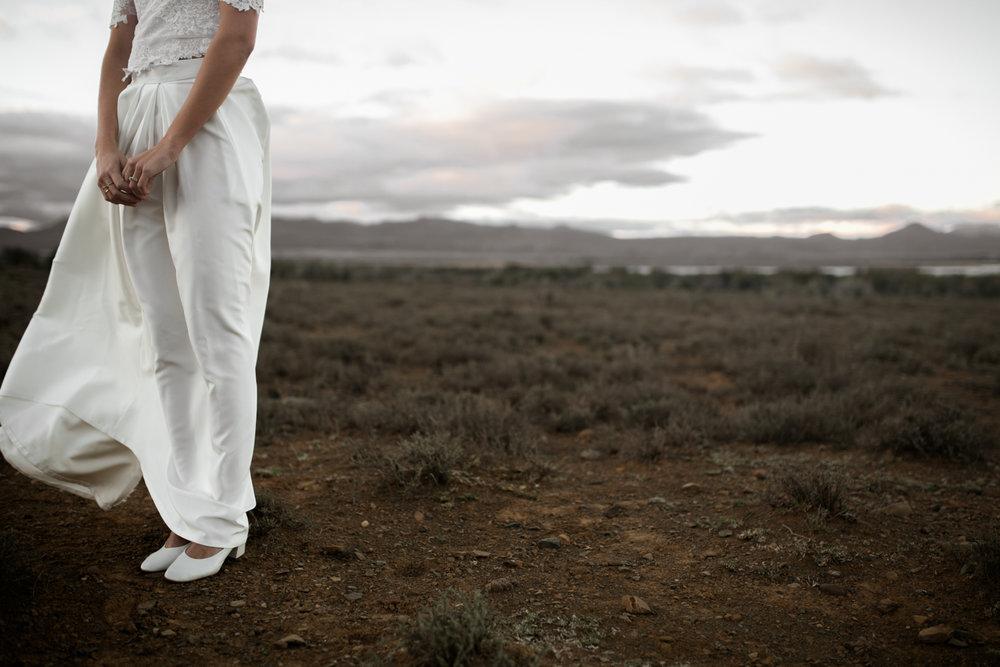 heisvisual-wedding-photographers-documentary-dorstdy-hotel-graaff-reinet-south-africa082.jpg