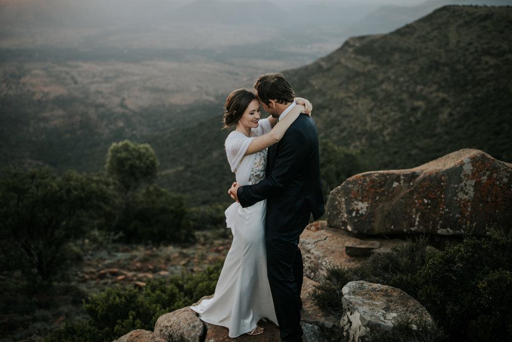heisvisual-capetownweddingphotographers-weddingphotographers-samara-graaffreinete-southafrica-dale&kelly035.jpg