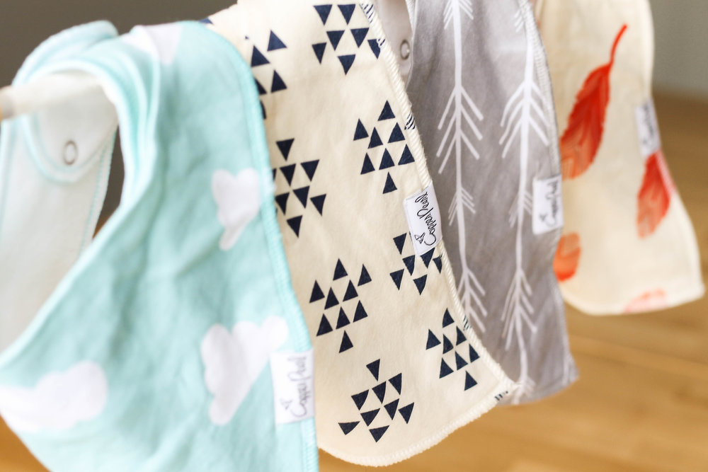 copper pearl bandana bib review | Feathers and Roots