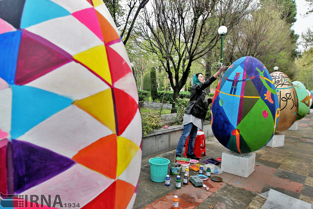[Nowruz egg painting festival, Tehran, Iran. Photo by Amirhousein Bandi, IRNA]