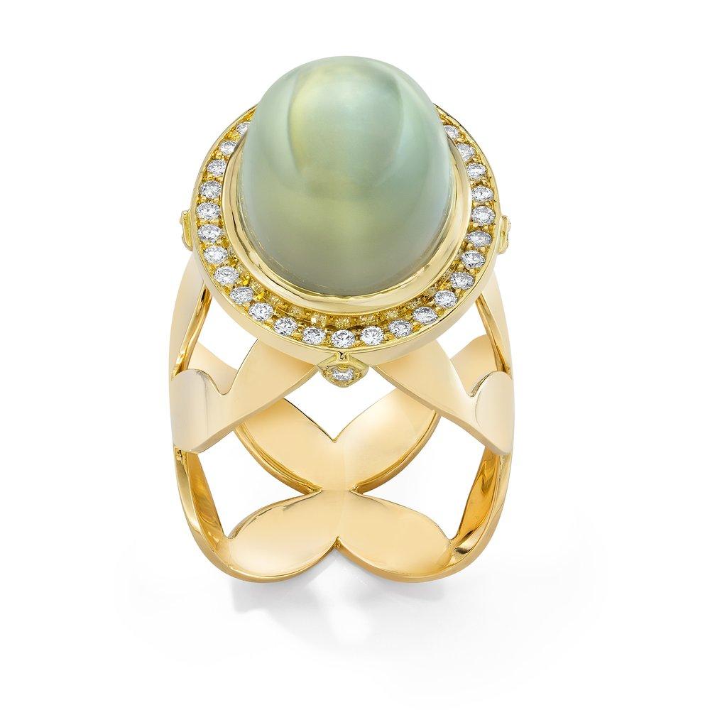 Green Moon stone ring.jpg
