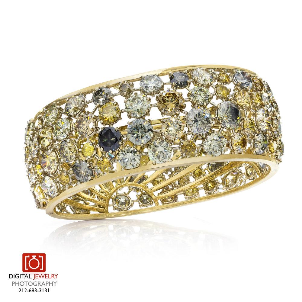 Fancy Color Diamond bracelet Raised.jpg