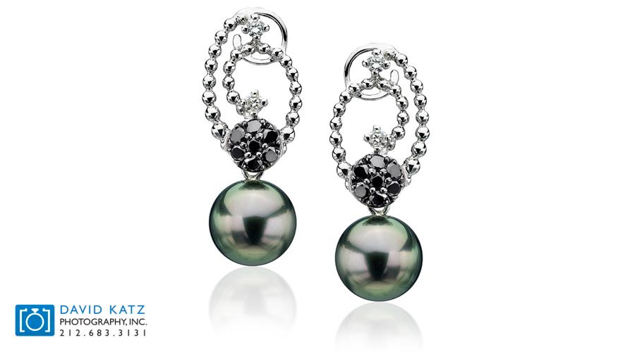 Swirl Black Daimond Pearl Earring.jpg
