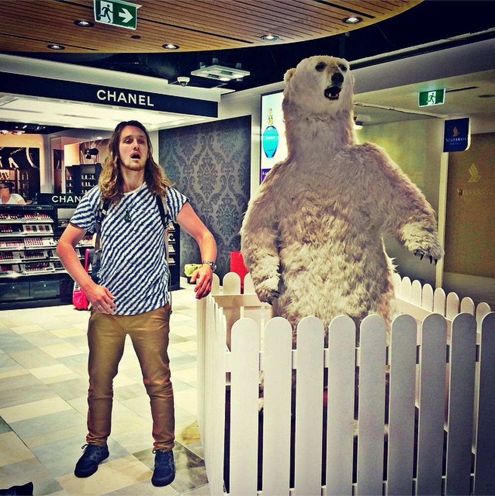 Jed's new friend at Brisbane airport...