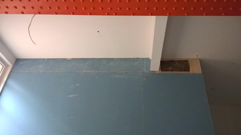 New Energy Yoga Studio - Orange beam