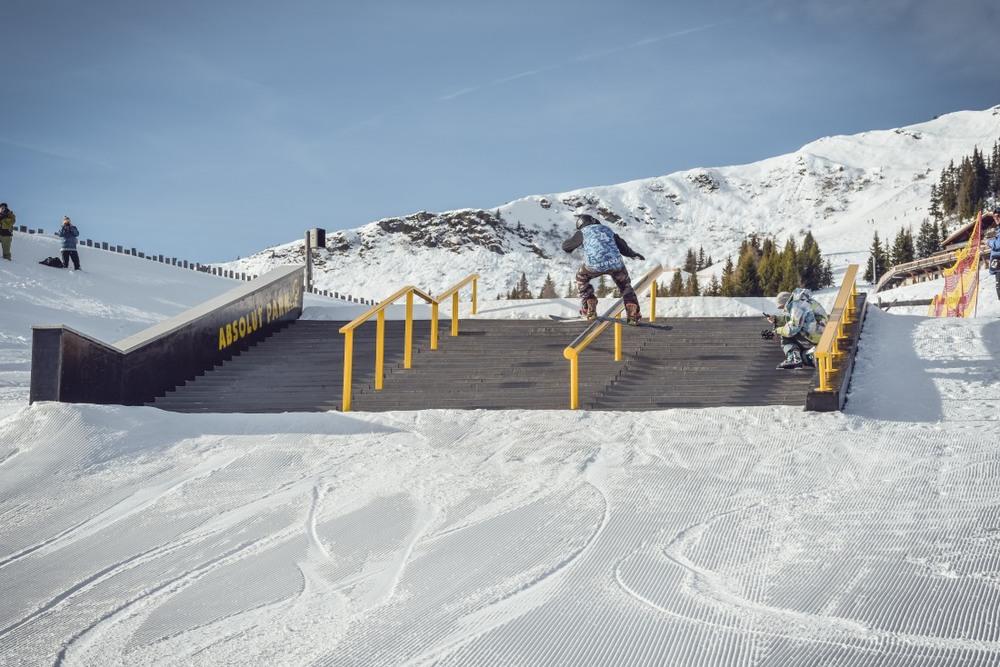 Jib King 2015 Snowboard -75 web.JPG