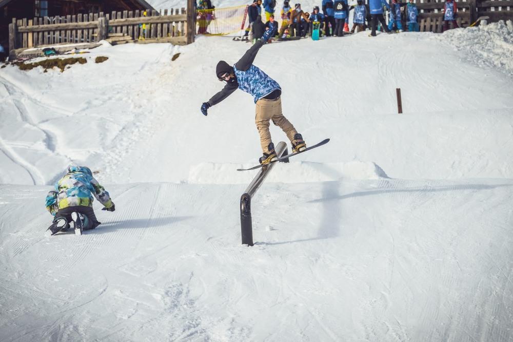 Jib King 2015 Snowboard -85 web.JPG