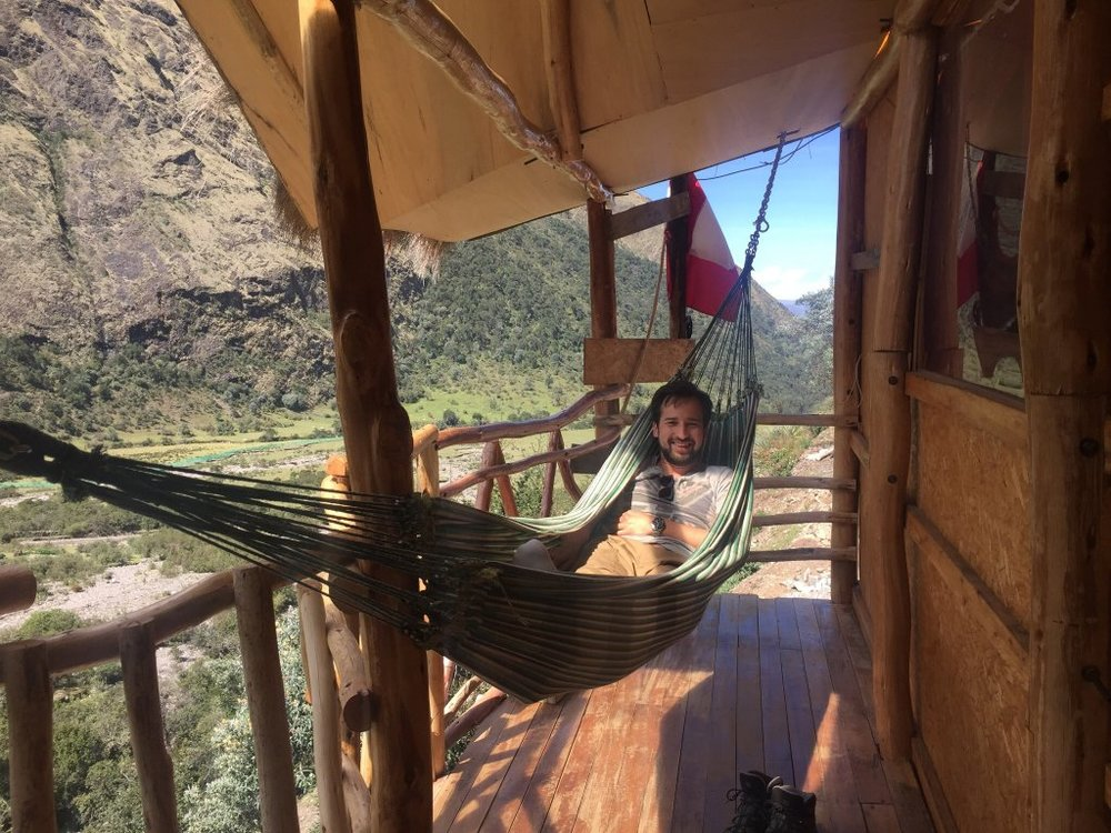 Por que Nosotros - My name is Edwin Espinoza Sotelo, along with my parents (Marino Espinoza, Mercedes Sotelo) and my sister, Flor de María Espinoza Sotelo, we belong to the community of Mollepata, Soraypampa, where we begin to hike the Salkantay trek. In total, we are a community of 12 local families, from the start of the Salkantay route of the Peruvian Andes to the ancient Inca citadel of Machu Picchu. You will have the added bonus of understanding the culture and traditions of each family en route.