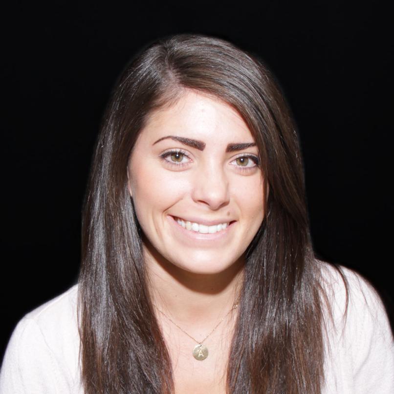 Amanda DiAntonio Senior Content Strategist @_amandalynne