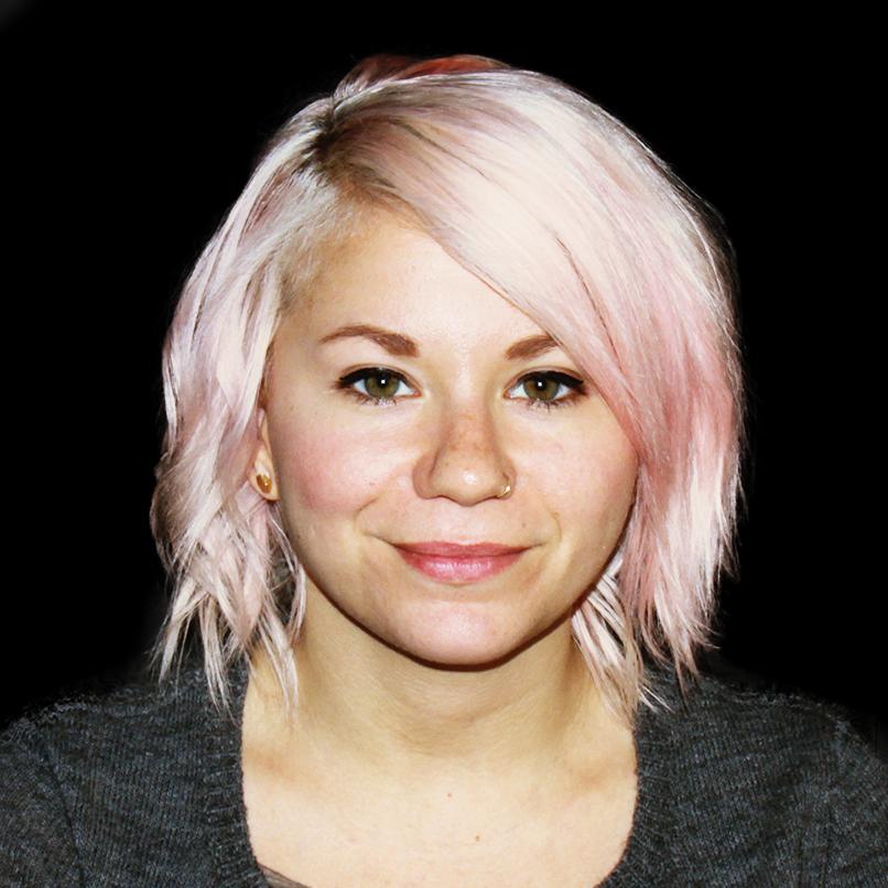Danielle Eckert Art Director @omgzitsdanielle