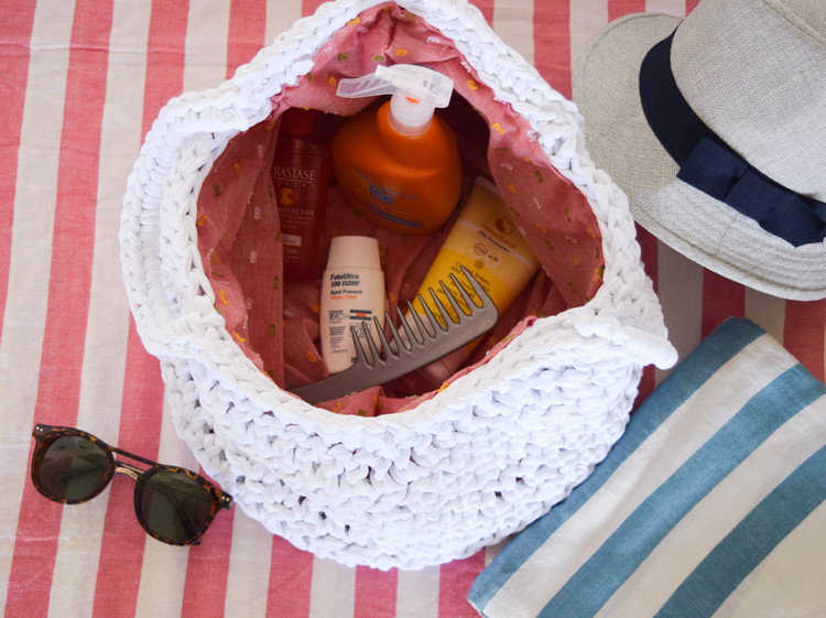 beach tote made with Ganxxet fabric yarn