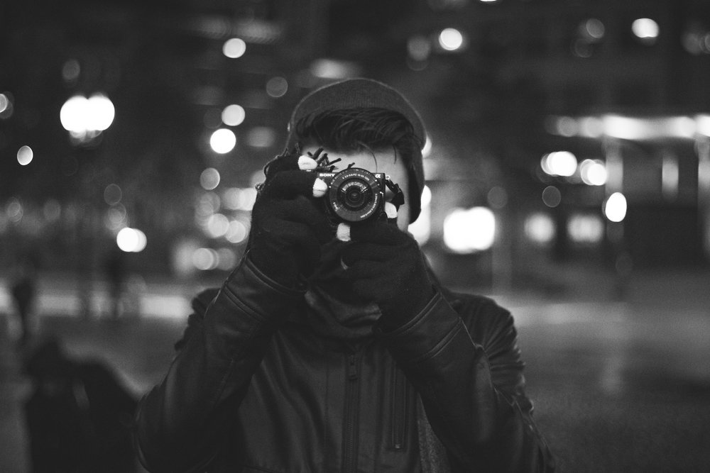 black-and-white-photographer-camera-caucasian-gloves-1367835-pxhere.com.jpg