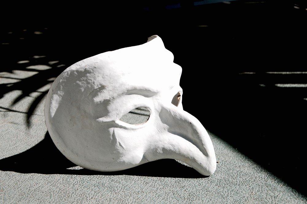 mask-1636121_1920.jpg
