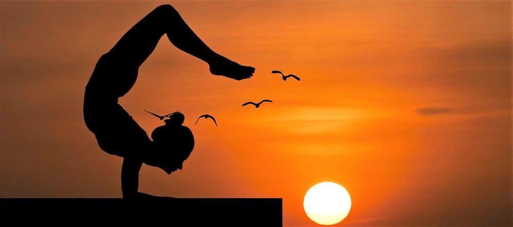 yoga-balance-nature-handstand-roof-pose-1445977-pxhere.com.jpg