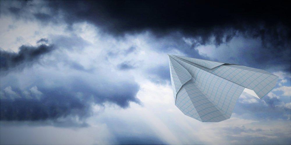 airplane-paper-2648958_1920 (2).jpg