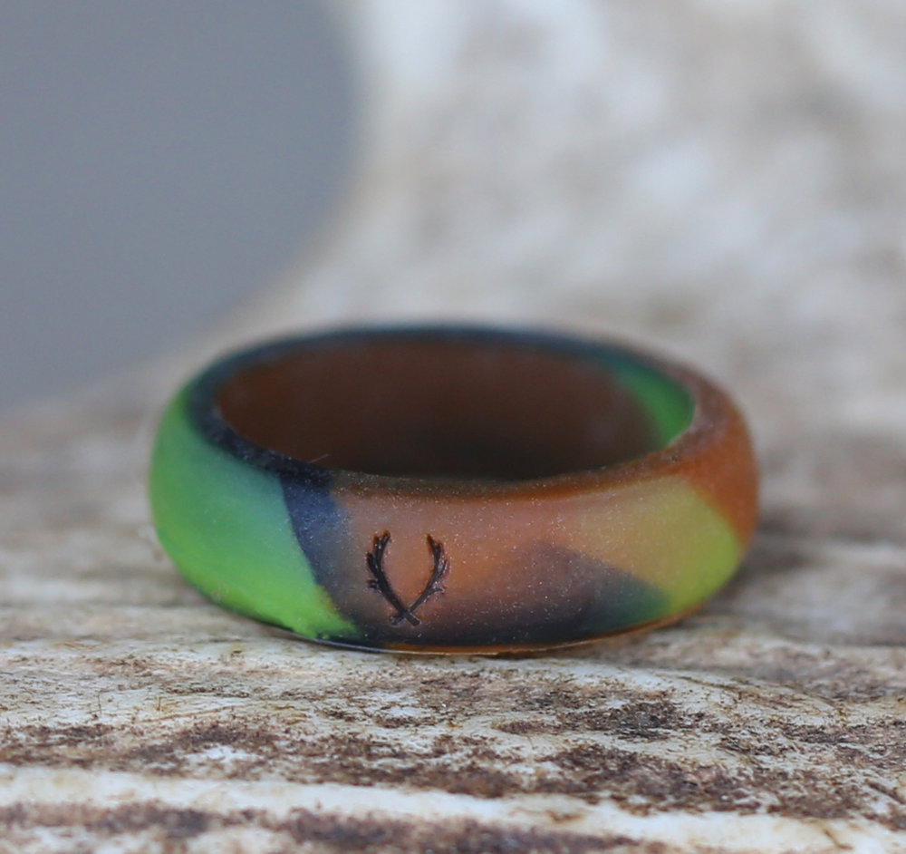 WOMENS CAMO SILICONE WEDDING BAND Staghead Designs Design